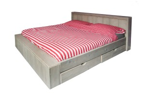 bed 2 persoons