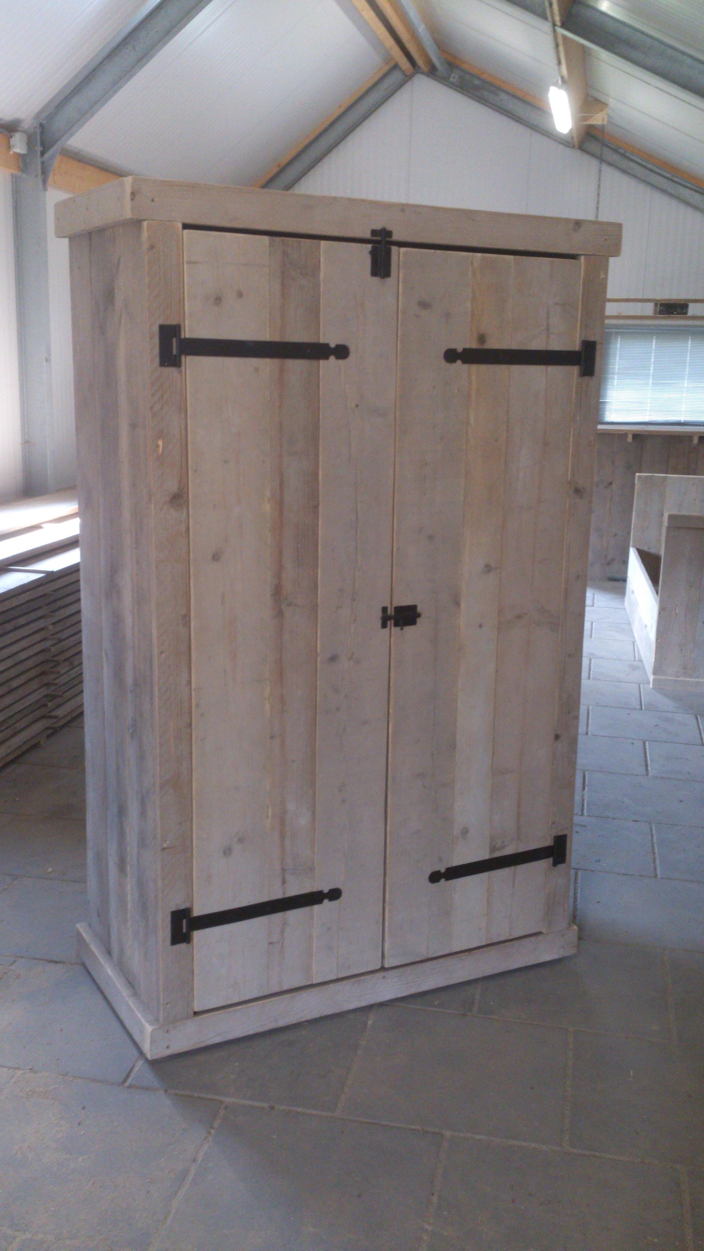 Steigerhouten kledingkast de bruin steigerplanken for Steigerhouten kledingkast